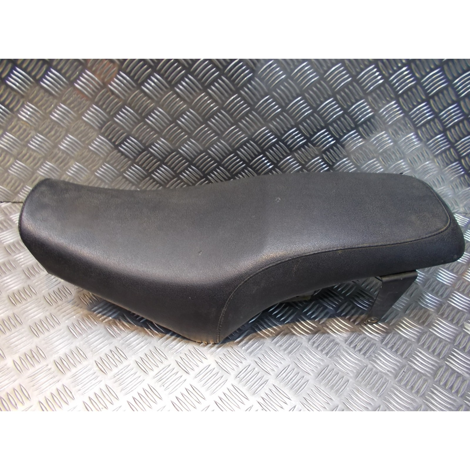 selle assise biplace moto revatto 125 roadster