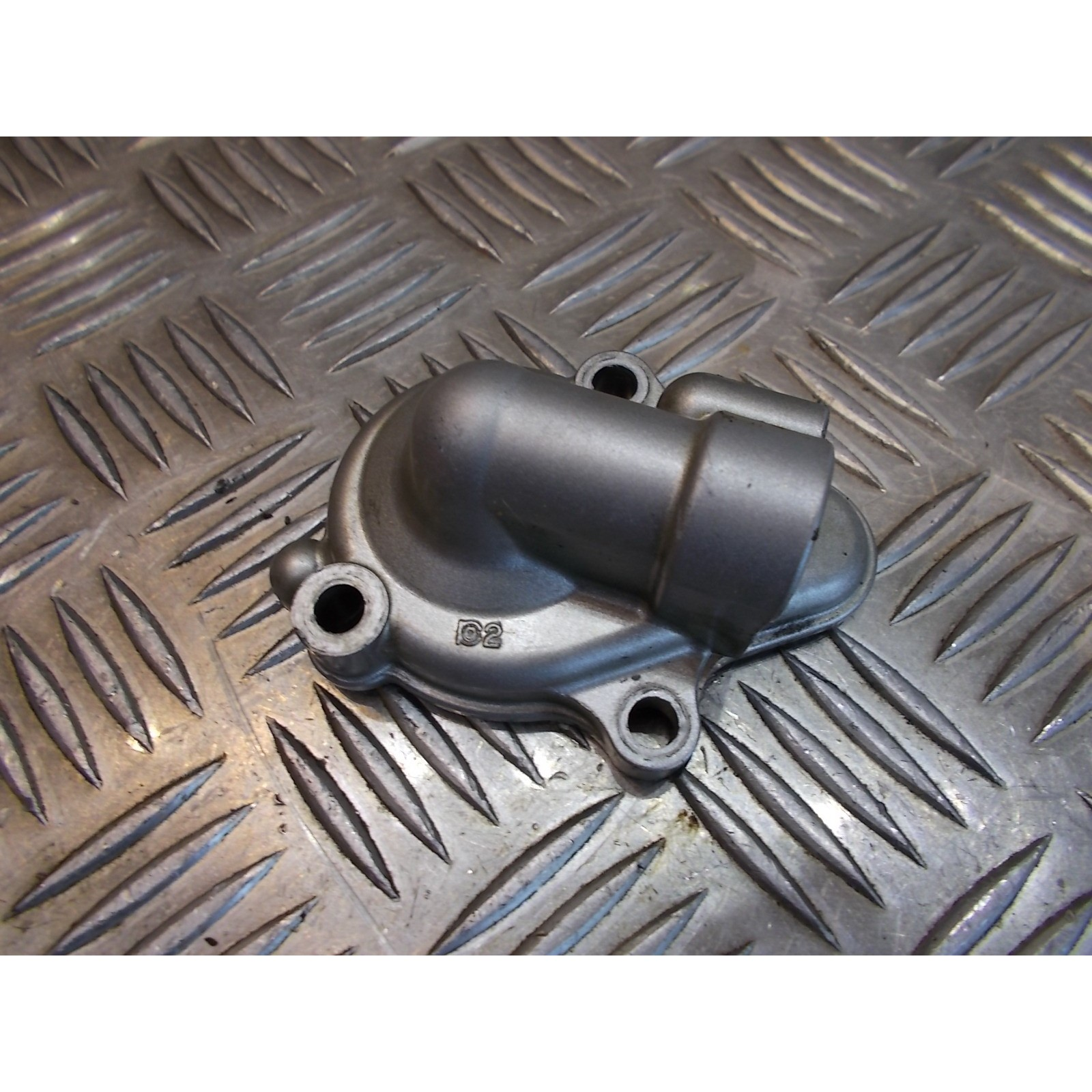 carter sortie pompe eau moteur moto yamaha 125 dtr 4bl